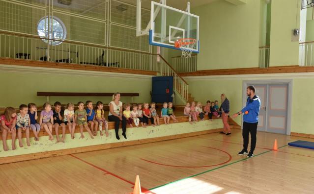 Spordipäev lasteaias